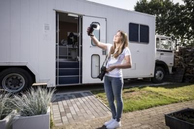 Milou uit Roggel is 'die fotografe met die vrachtwagen'