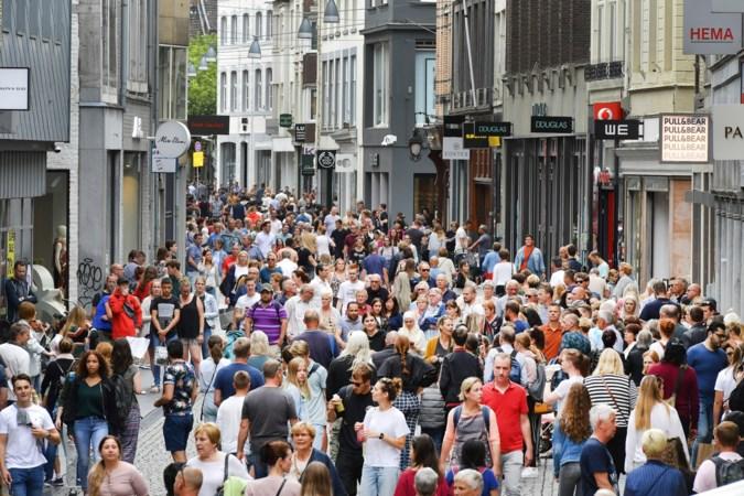 De grote winkelstraat verliest voor beleggers iets van zijn glans