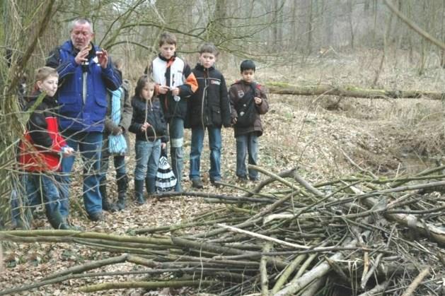 Hutten bouwen in het Bouwbos