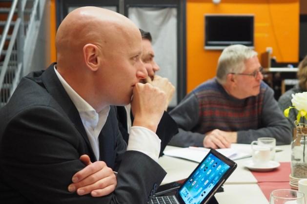 Kamerlid Raemakers discussieert over jeugdzorg in Gennep