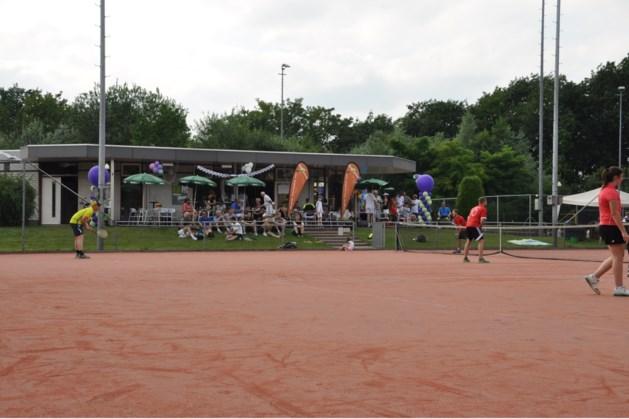 Introducees welkom bij tennistoernooi Baarlo