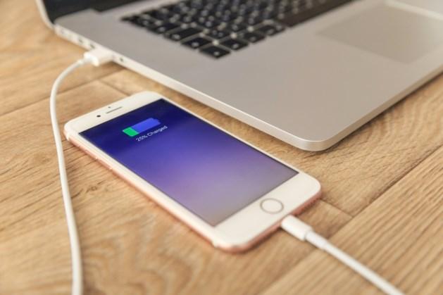 Aangepaste iPhone-oplaadkabel kan virus veroorzaken op Apple-computer