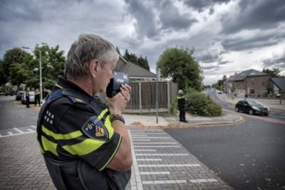 Politie bekeurt in Kerkrade een middagje op bestelling: 'Ze scheuren soms als gekken'