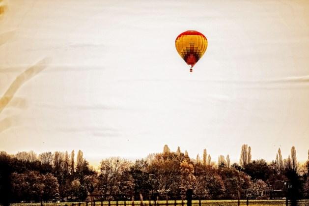 Luchtballon landt in woonwijk Landgraaf
