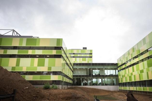 DaCapo College betrekt geelgroen schoolcomplex in Sittard