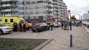 Dode bij aanvaring op Nieuwe Maas in Rotterdam