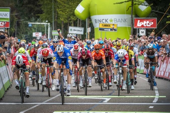 BinckBank Tour steeds weer enorme puzzel: 'We zitten meer in de bus dan op de fiets'