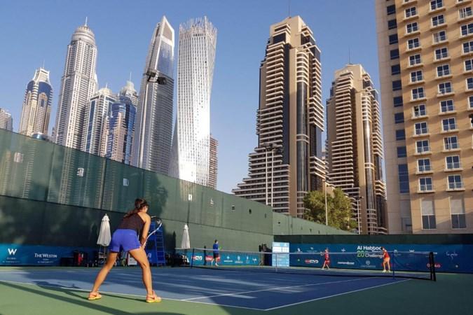 In anonimiteit van het internationale tennis is het vooral overleven
