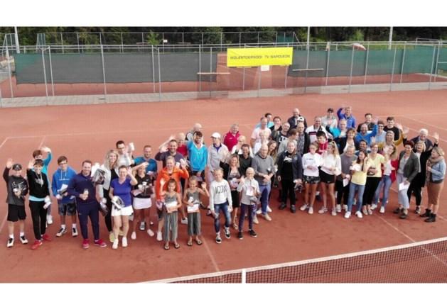 Geslaagd Molentoernooi bij tennisvereniging Napoleon