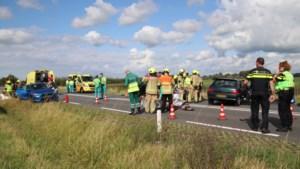 Zwaar ongeval met 16 gewonden in Zeeland: Duitse automobilist reed op verkeerde weghelft