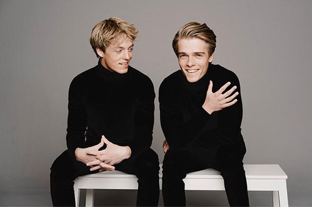 Pianobroers Lucas en Arthur Jussen als Bach op nieuw album