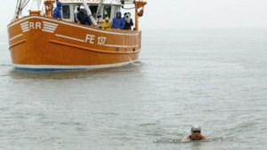 Venrayse Lisa (27) waagt zich aan hachelijke zwemtocht over het Kanaal