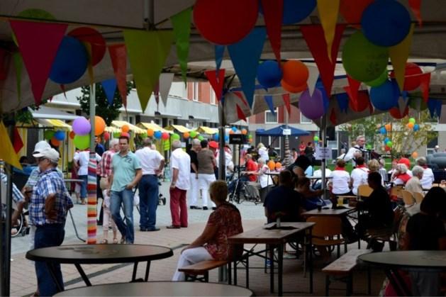 Pleinfeest in Tegelse wijk de Nieuwe Munt
