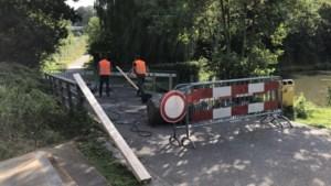 Door fataal ongeval beschadigde brug bij kasteel Erenstein in Kerkrade weer open