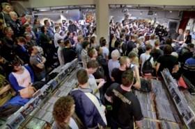 Muziekwinkel Sounds viert feest met Tim Knol en The Slow Show