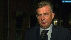 Burgemeester Roemer na woningexplosie: 'Man heeft behoorlijke brandwonden opgelopen'