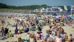 Opnieuw tropisch warm, zelfs aan het strand bijna 30 graden