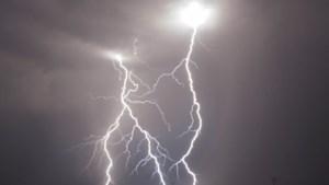 Waarschuwing voor lokaal onweer en windstoten in Limburg