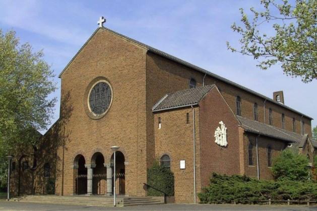 Leegstaande Hubertuskerk in Blerick wordt weer een kerk