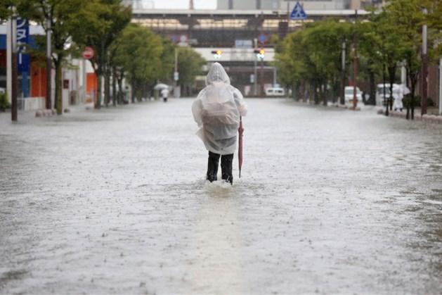 Doden door zware overstromingen Japan: duizenden op de vlucht