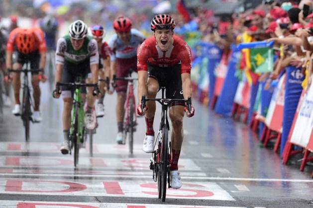 Nikias Arndt helpt Sunweb aan zege in Vuelta