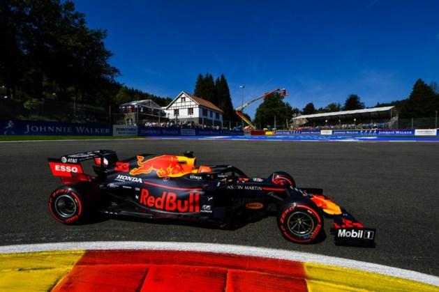 Verstappen klokt vijfde tijd in derde vrije training, Hamilton crasht