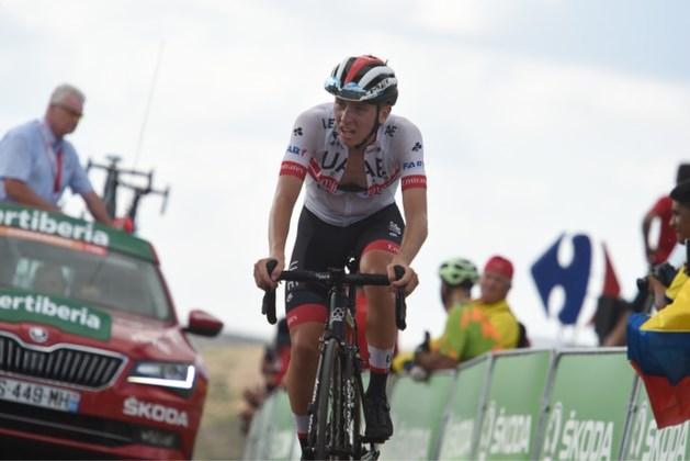Toptalent Pogacar juicht in ultrakorte monsterrit, Quintana nieuwe leider
