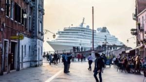 Hoogleraar: 'Venetië lijkt steeds meer op Disneyland maar dan zonder management'