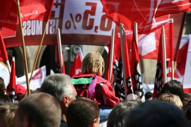 Vakbonden houden pleidooi voor fusie tussen PostNL en Sandd
