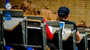 Oud-studenten onaangenaam verrast door terugbetalen studiefinanciering