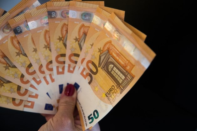 Kabinet schiet spaarder te hulp: tot 400.000 euro geen belasting meer