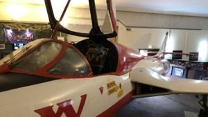Hawker Hunter T7 in middelpunt van belangstelling tijdens open dag RAF Museum Laarbruch