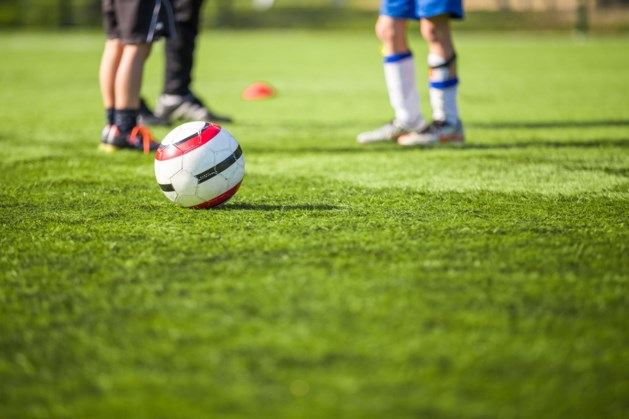 Trainer raakt slaags met Sittardse jeugdvoetballers, politie moet ingrijpen