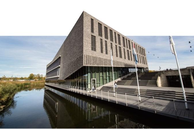UWC Maastricht plaatst noodgebouwen om groei aantal leerlingen op te vangen
