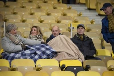 Weg met die lege stoeltjes: alles uit de kast voor een voller voetbalstadion