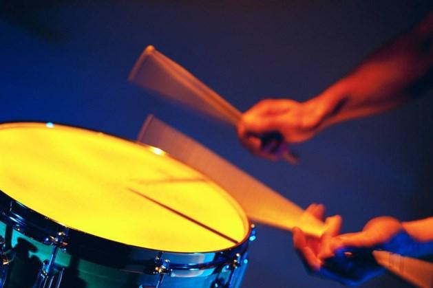 Drumliefhebbers kunnen aan de slag