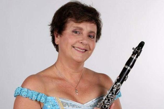 Topsoliste Manoe Konings bij najaarsconcert The Strings in Stein