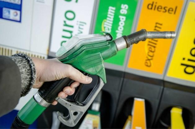 'Benzineprijzen kunnen direct al stijgen'
