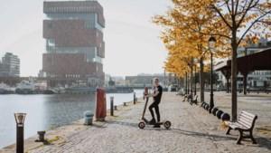 Op de e-step door Antwerpen: 'Nederland gaat ook nog eens overstag'