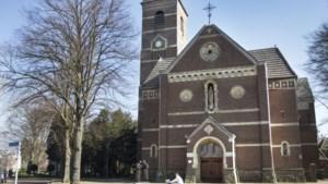 Dierenzegening tijdens Franciscusviering in kerk Terwinselen