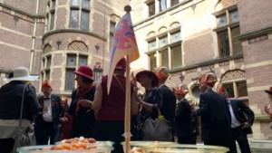 Martijn van Helvert presenteert... Circus Van Helvert op het Binnenhof