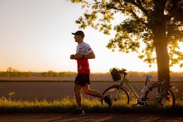 Honderd marathons in honderd dagen: Adrian uit Grubbenvorst gaat de uitdaging aan