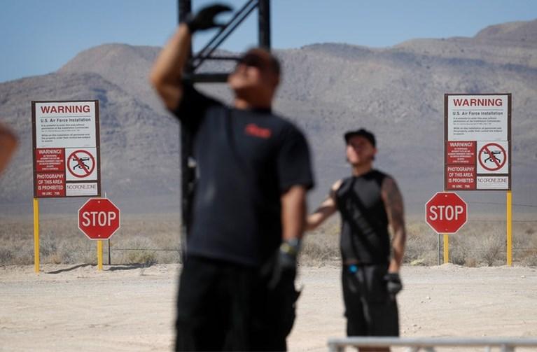 1500 'UFO-gelovers' verzamelen zich voor 'bestorming' van geheime Area 51