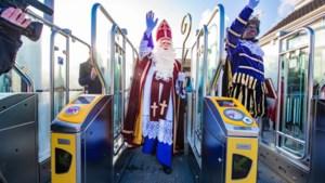 Sinterklaas niet per boot, maar per trein naar Apeldoorn