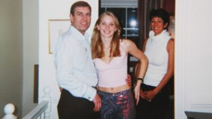 'Prins Andrew had seks met me toen ik 17 was'