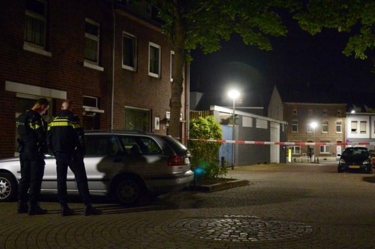 Dreigende situatie: agenten halen persoon uit woning