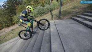 Video: Mountainbikers proberen het onmogelijke op de trappen van de Wilhelminaberg