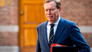 Stikstofcrisis: coalitie oneens met Formule 1-uitspraak minister Bruins