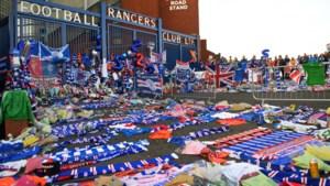 Rouwstoet voor Ricksen trekt langs stadion Glasgow Rangers