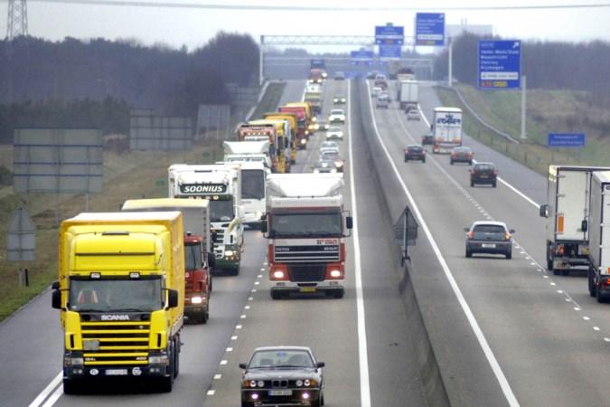 Wegdek A67 in Venlo in slechte staat: maximumsnelheid tijdelijk flink omlaag